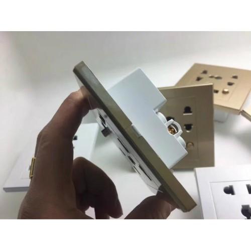 Caméra de surveillance furtive de type prise objectif grand angle haute définition haute sensibilité 7 * 24 heures de travail continu Wi-Fi hotspot surveillance à distance